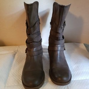 Report Boots Women's Size 9,Used
